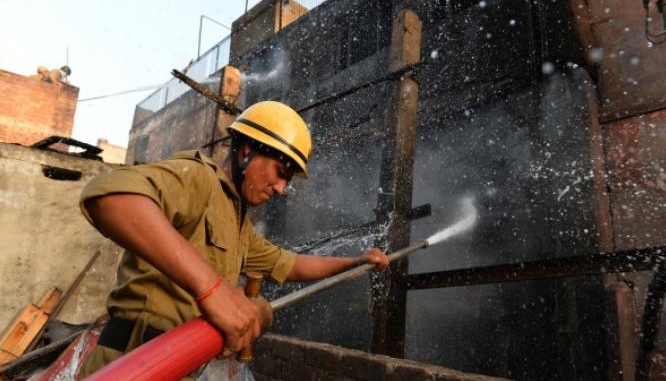 Scores Feared dead in Indian temple blaze