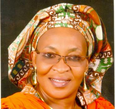 Mrs Ifeyinwa Omowole re-elected President of NAWOJ