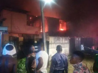 Fire engulfs houses in Gowon Estate, Lagos