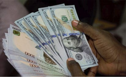 Naira exchanges for N362 to dollar at Black market