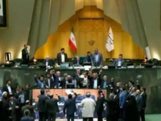 """Iran lawmakers chant """"Death to America"""" as they burn US flag"""