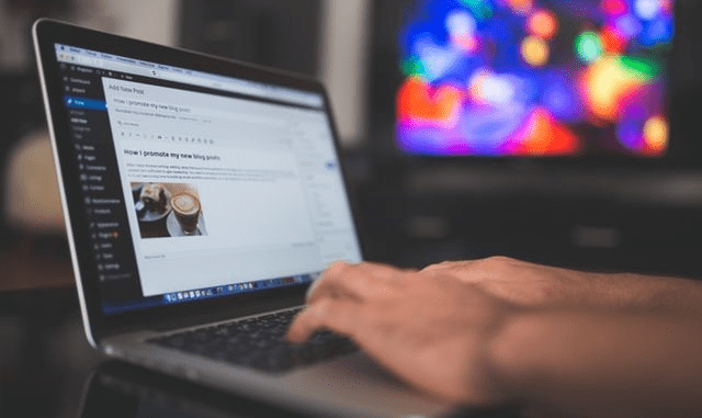 Tanzania orders bloggers to register with $900 or shut down their sites