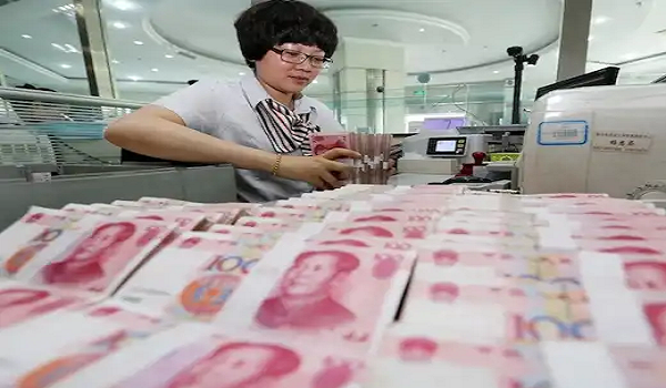 China's economy slows down in Q