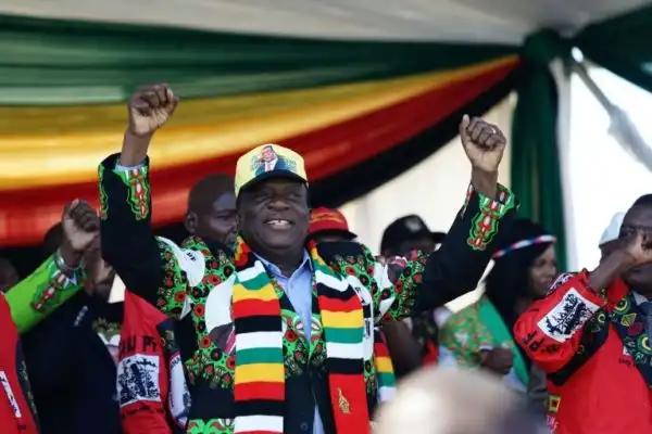 President Emmerson Mnangagwa of Zimbabwe on the campaign trail