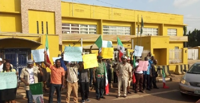 Protesting workers at MTN office