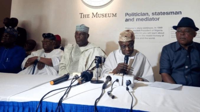Chief Olusegun Obasanjo addressing a world press conference on his endorsement of PDP Presidential Candidate Alhaji Atiku Abubakar