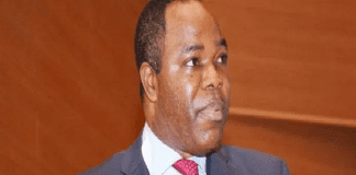 EFCC detains ex Skye Bank Chairman Ayeni over alleged fraud